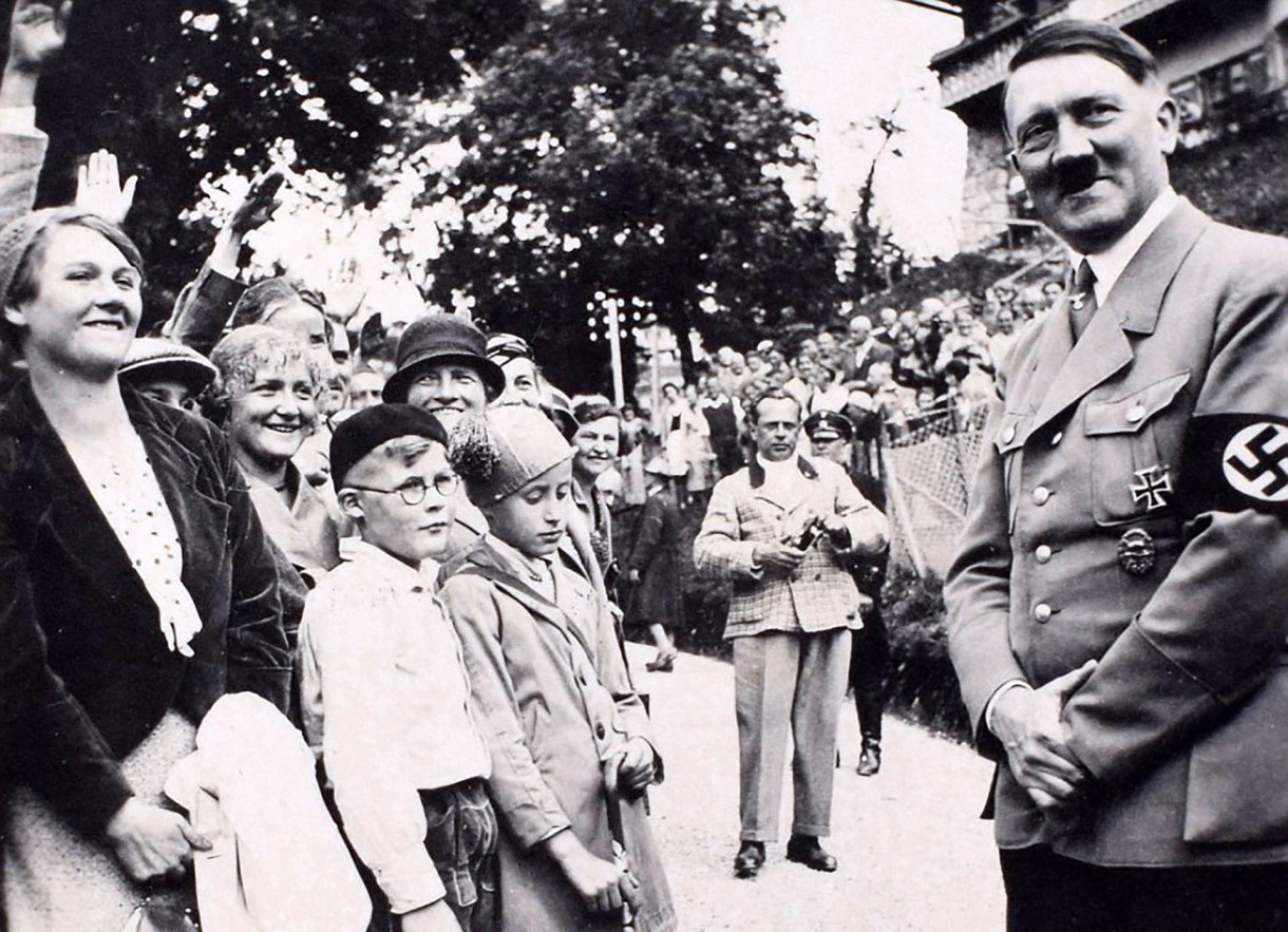 """El dictador se consideraba así mismo como """"misericordioso"""" con los judíos (C&T Acuctions/BNPS)"""