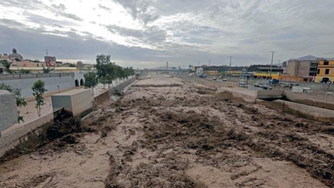 El desastre natural en Perú dejó al menos 43 muertos, 72 heridos, 11 desaparecidos y más de 56.293 damnificados (EFE)