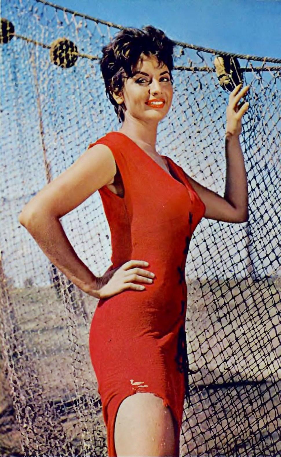 Isabel Sarli fue pareja deArmando Bó desde 1956 hasta su muerte, en 1981. Tiene dos hijos, Isabelita y Martín