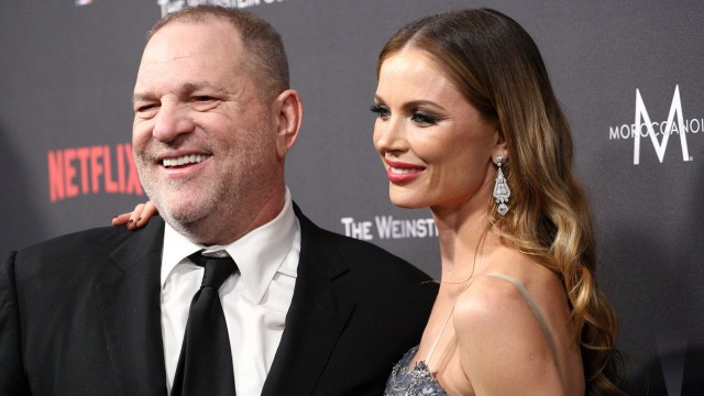 Weinstein junto a su esposa. (Getty)
