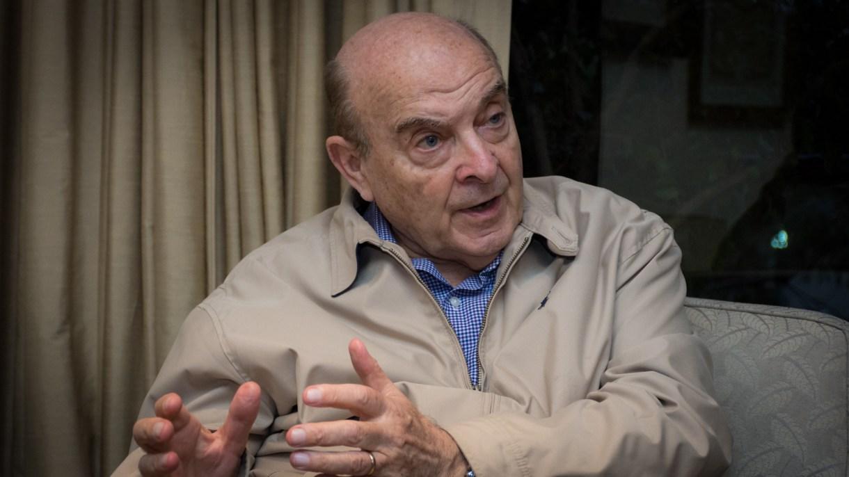 """Cavallo dijo que quiere ayudar a """"prevenir una crisis monetaria antes de las elecciones""""."""