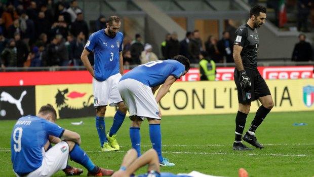 La crisis del fútbol italiano llevó a la selección a quedar afuera del Mundial 2018 (AP)