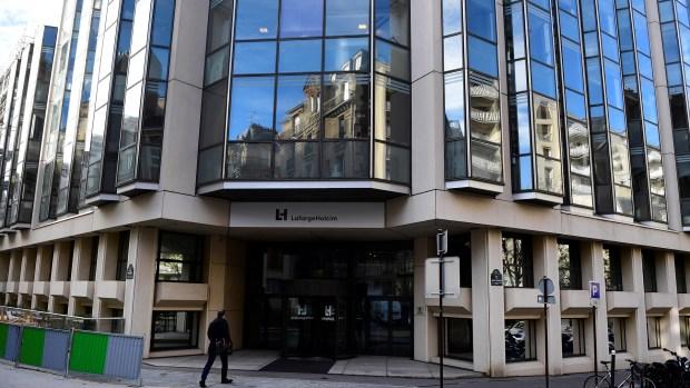 Las oficinas de LafargeHolcin en París (AFP)