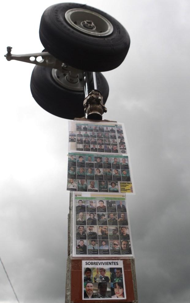 Las fotos de todos los ocupantes del avión (EFE)