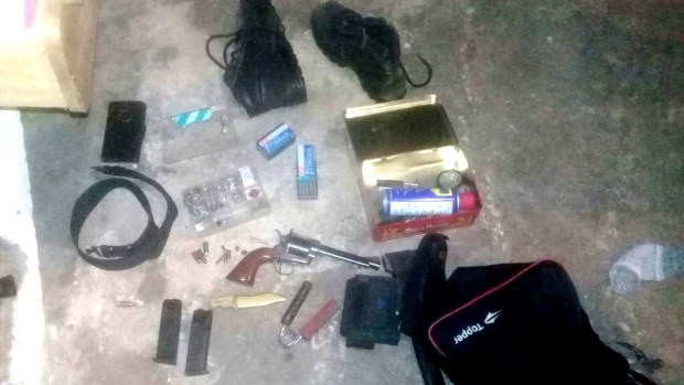 Arsenal incautado por la policía bonaerense en los diez allanamientos