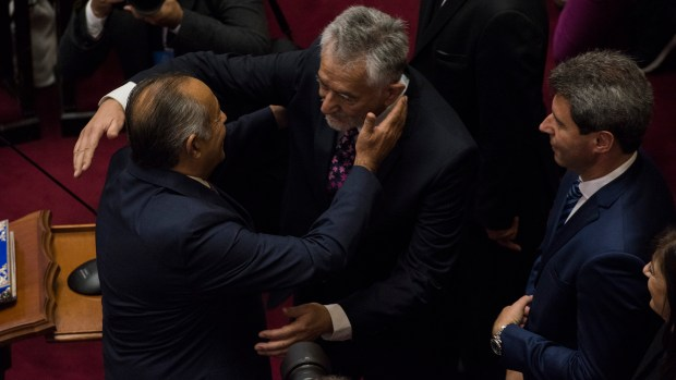 Adolfo Rodríguez Saá saluda a su hermano, Alberto