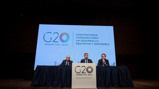 El canciller Jorge Faurie, el jefe de Gabinete, Marcos Peña, y el ministro de Hacienda, Nicolás Dujovne. (Adrián Escandar)
