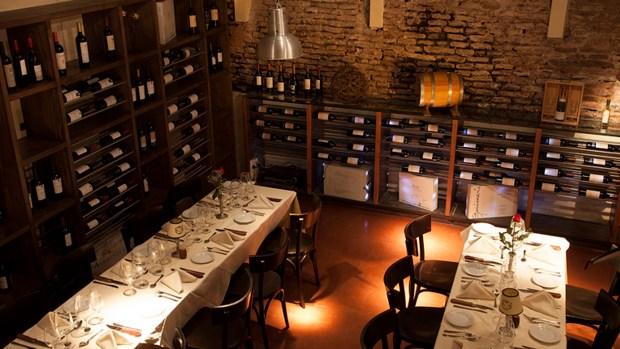 El espacio de la Cava, con una selección de vinos de todo el país.