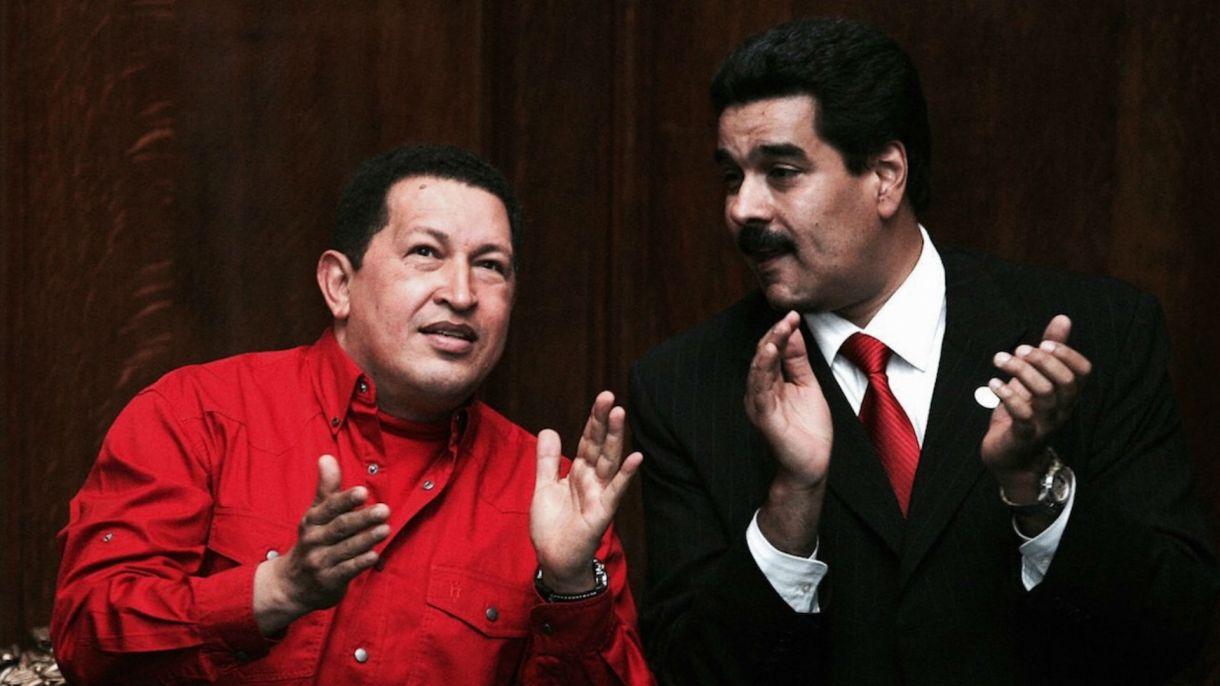 Hugo Chávez y Nicolás Maduroen una foto de 2007. (Getty Images)