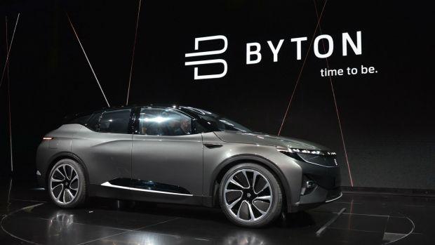 El vehículo autónomo y eléctrico pretende competir con la línea Tesla (AFP)