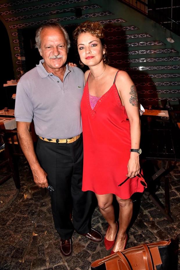 Dolores Fonzi con su papá