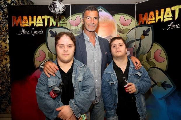 Gustavo Garzón y sus hijos Juan y Mariano