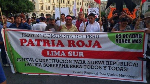 Manifestación de Patria Roja por las calles de Lima