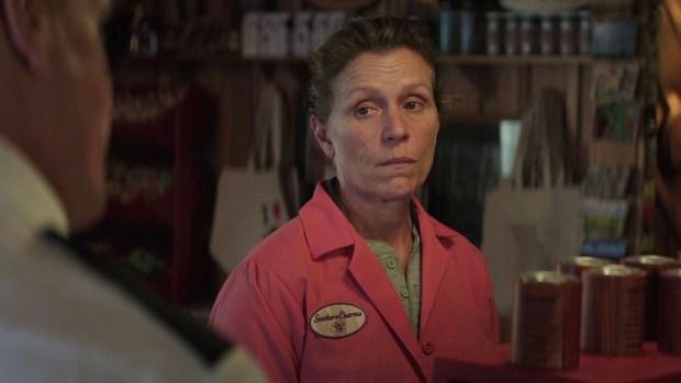 """Frances Mc Dormand en una escena de """"Tres anuncios por un crimen"""""""
