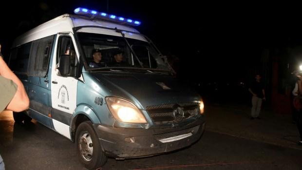 Boudou fue trasladado desdeel penal de Ezeiza a la dependencia de la Policía Federal en Madariaga y General Paz (Fotos: Nicolás Stulberg)