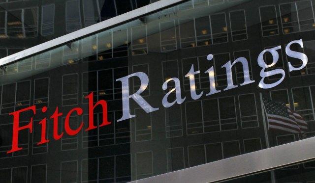 Fitch espera contracción económica y alta inflación también en 2019.