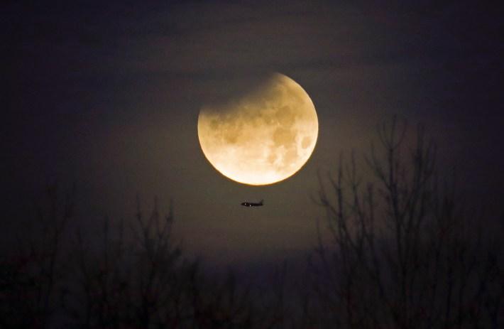 La superluna desde Carolina del Norte, Estados Unidos