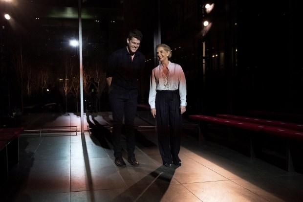 Carolina Herrera cede su lugar de directora creativa Wes Gordon.