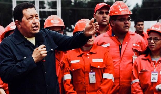 La crisis petrolera comenzó con la gestión de Hugo Chávez, que desprofesionalizó a PDVSA