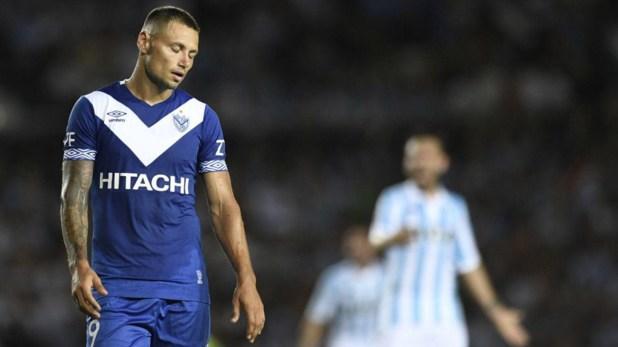 Zárate tenía todo acordado para continuar en Vélez, pero a último momento cambió de opinión (Vélez oficial)