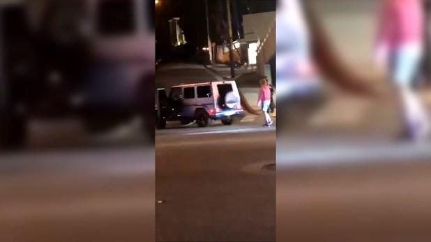 La camionetade Justin Bieber quedó golpeada en la parte trasera