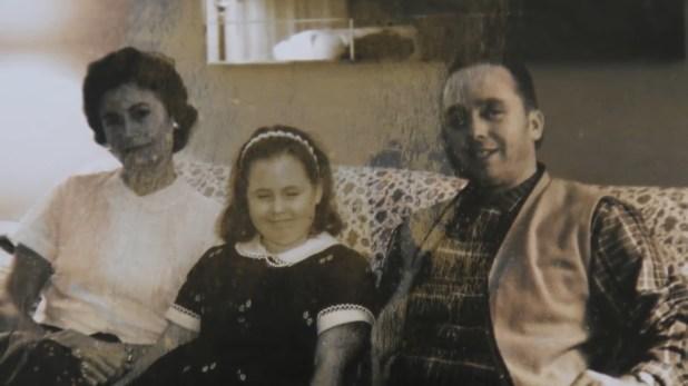 Louise Pietrewicz, Sandy y su padre Albin Pietrewicz, quien ejercía violencia doméstica contra la mujer, que decidió abandonarlo tiempo después. El hombre fue uno de los sospechosos pero luego descartado por los investigadores como responsable de la desaparición