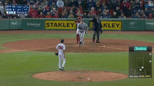 La insólita y multitudinaria pelea de anoche entre Yankees y Boston