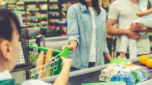 Consumo complicado, con 6% de caída para el último trimestre del año (Getty)