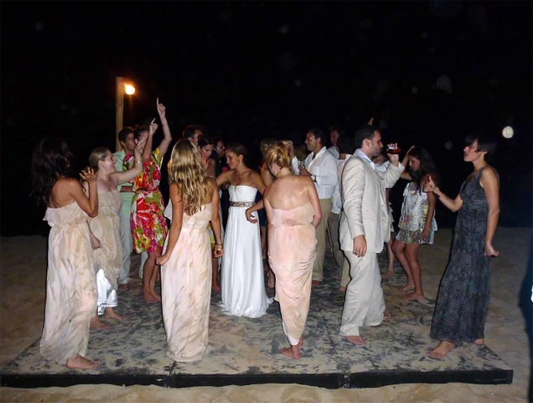 La fiesta de casamiento fue a orillas del mar en Jamaica