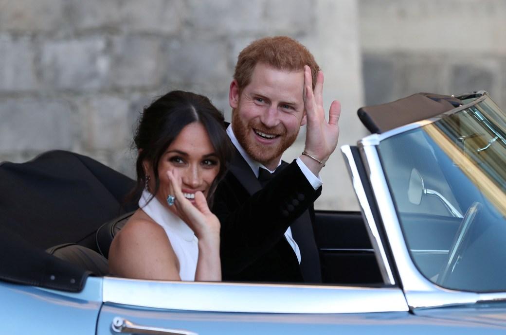 Los duques deSussex dejando el castillo de Windsor tras la boda