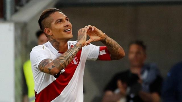 Paolo Guerrerovolverá a jugar desde el inicio en el último amistoso de Perú (Reuters)
