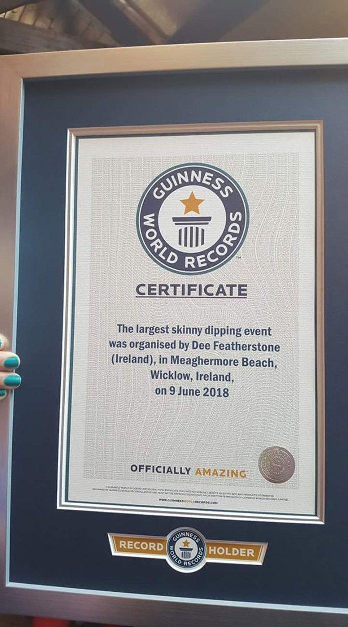Lucia Sinigagliesi, ejecutiva del Record Guinness, confirmó que el conteo final fue de 2.505 participantes, que pasaron al menos cinco minutos en el agua, por lo que le otorgó la marca al mayor baño desnudo grupal