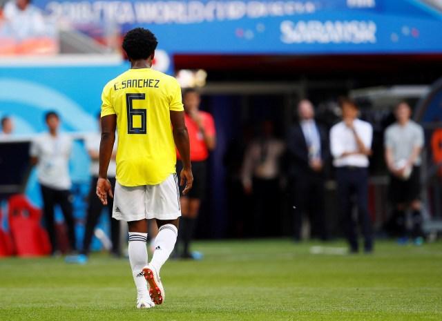 Un comienzo desolador para la Selección Colombia: roja a Sánchez y gol de penal para Japón (REUTERS/Jason Cairnduff)