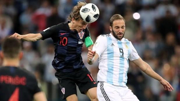 Gonzalo Higuain será el '9' ante Nigeria (REUTERS/Ivan Alvarado)