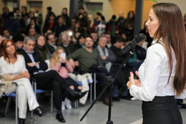 La actriz dio un discurso tras asumir como secretaria de Arte, Cultura y Espectáculos de Avellaneda