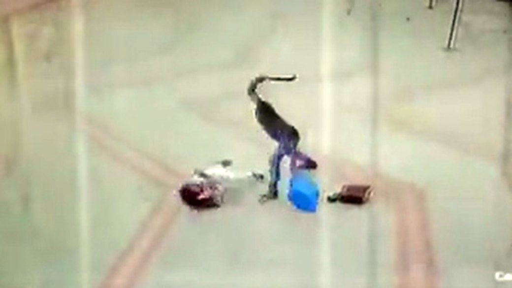 El hombre le pegó con un machete en la cabeza varias veces