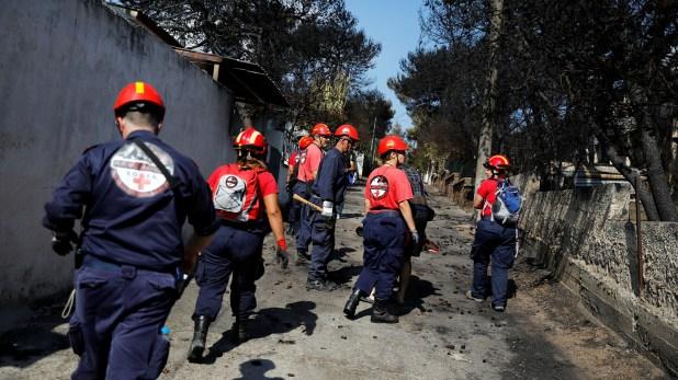 Un total de 130 efectivos del ejército y del cuerpo de bomberos participan actualmente en las tareas de búsqueda (Reuters)