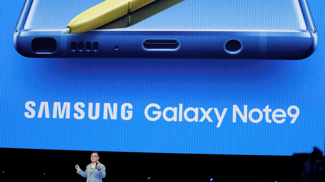 El móvil estará disponible a partir del 24 de agosto en Estados Unidos y Corea del Sur. No hay fechas confirmadas para América Latina. (REUTERS/Lucas Jackson)
