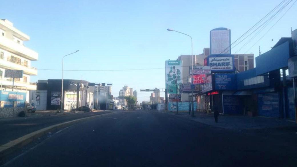 Una de las avenidas principales de Maracaibo sin vehículos (@AngelMachadoVE)