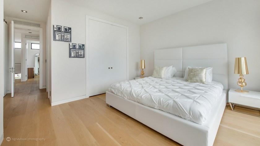 La mansión cuenta nada menos que con 5 dormitorios e igual número de baños