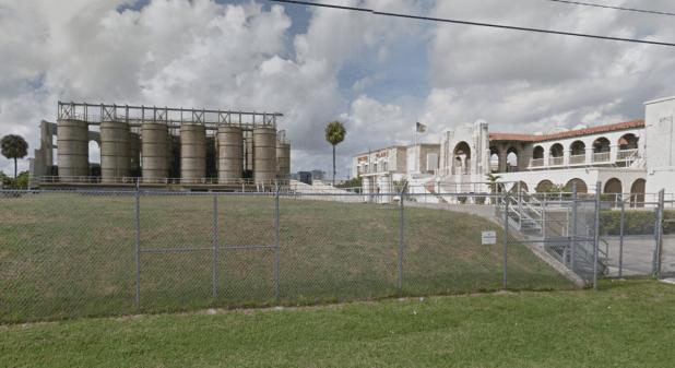 La planta de procesamiento de agua de Hialeah, en el condado de Miami-Dade (Foto: Google)