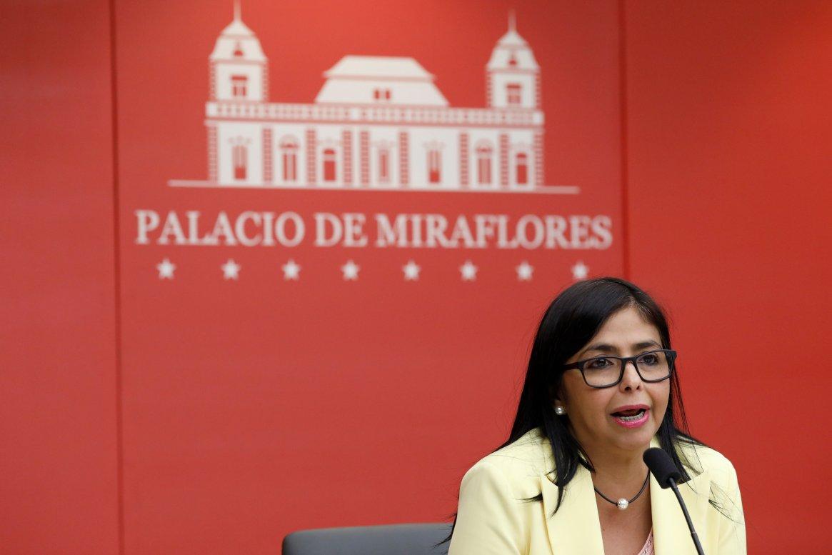 La vicepresidente de Venezuela Delcy Rodriguez durante una conferencia de prensa en Caracas (REUTERS/Marco Bello)