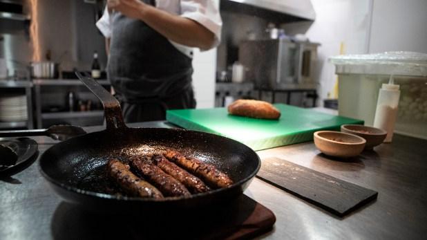Impulsor de conciencia social en la gastronomía, el chef Rivarola siente un gran compromiso por cuidar el medioambiente
