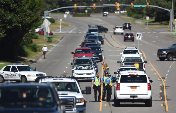 Cientos de miles de personas evacúan la zona