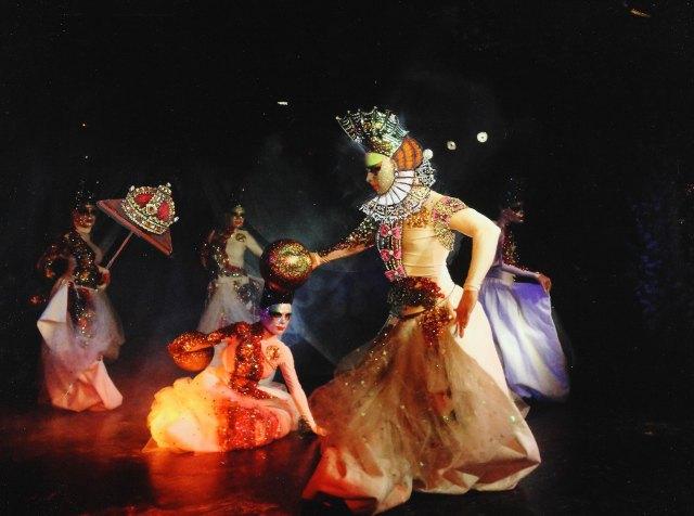 CARNAVAL EN VENECIA: Las máscaras venecianas van a ver Don Giovanni de Mozart en La Fenice de Venecia