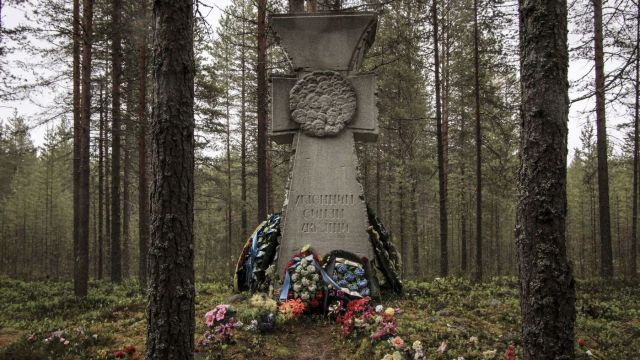 En Sandarmoj se halló en 1997 una tumba masiva de víctimas del estalinismo. (Reuters)
