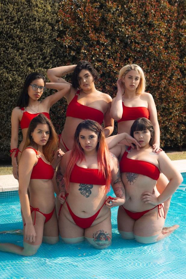 Seis clientas fueron las elegidas para protagonizar la nueva campaña de Love Mumbai, con bikinis rojas y en todos los talles (Agustina Cabaleiro)