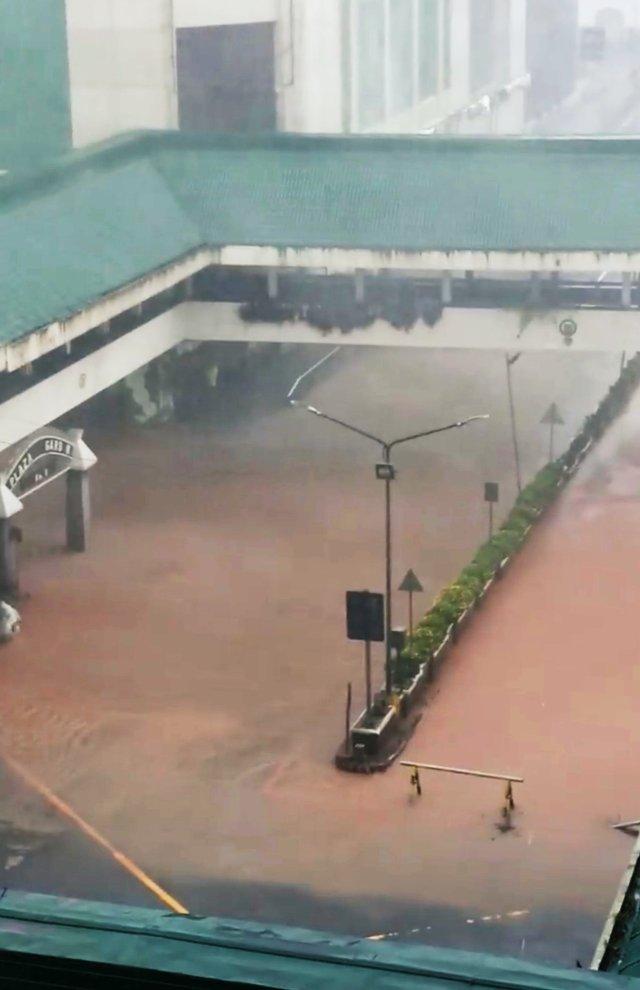Inundaciones en la ciudad deBaguio,Filipinas (JC SANTIAGO via REUTERS)