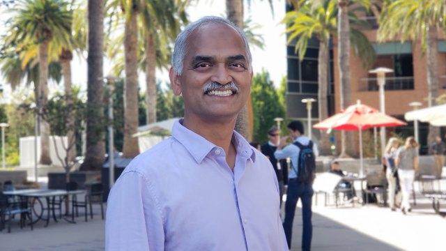 Pandu Nayak es parte del equipo de Calidad del Buscador de Google.