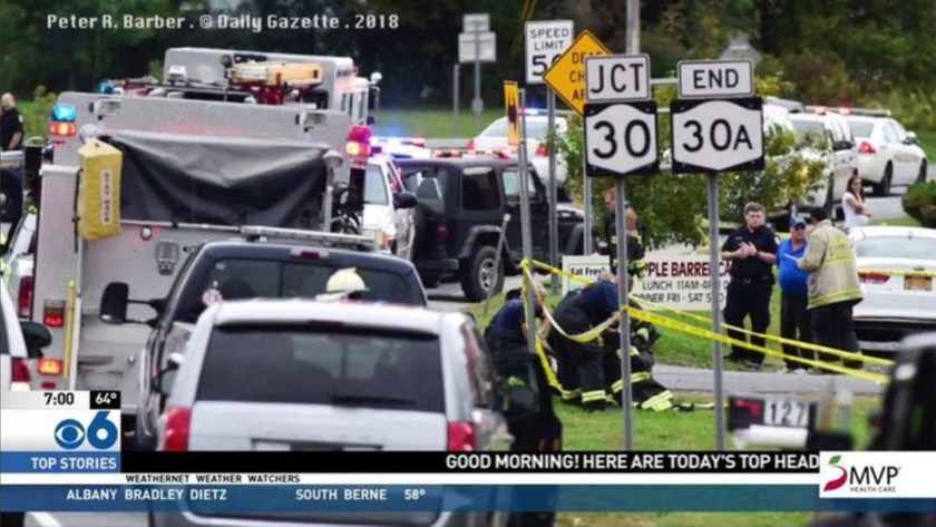La limusina se dirigía a una boda cuando embistió contra otro vehículo (Twitter: @eSpaiNews)